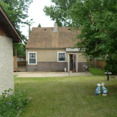 746 - 746-Caribou-Street-W-Moose-Jaw-Home-Rental-3