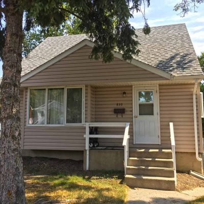 835 6th Ave North West Moose Jaw Home Rental