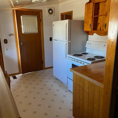 928 - 928-albert-street-moose-jaw-house-rental-2